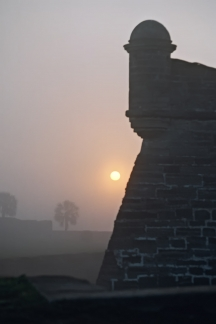 Foggy sunrise at the fort